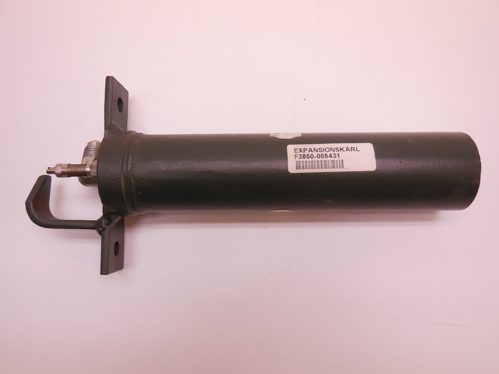 expansion tank häggo Nr: 353 6293-801 PRICE: 7000 sek