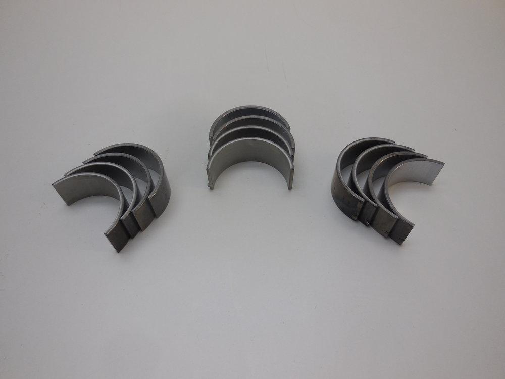 Crakshaft bearings Mb nr:  603 030 24 60 price: 800 Sek
