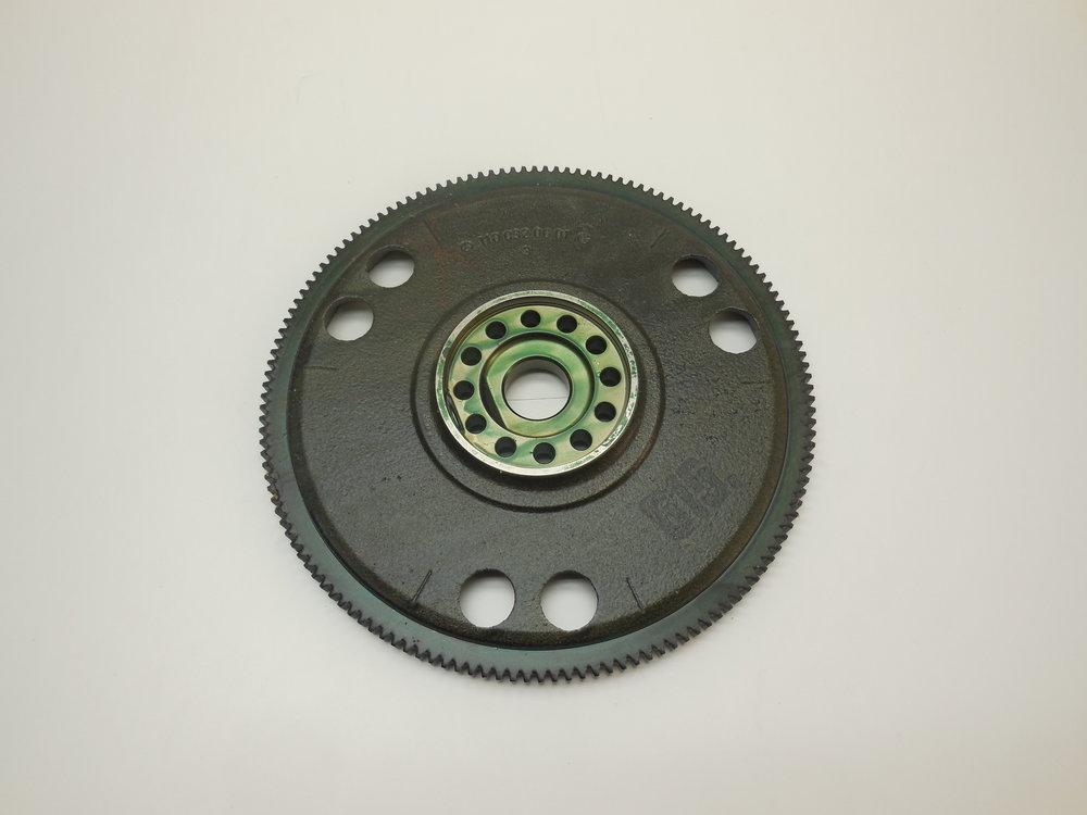 Flywheel Mb nr:  615 030 12 05 Mb nr:  110 032 00 01 (Ring) Price: