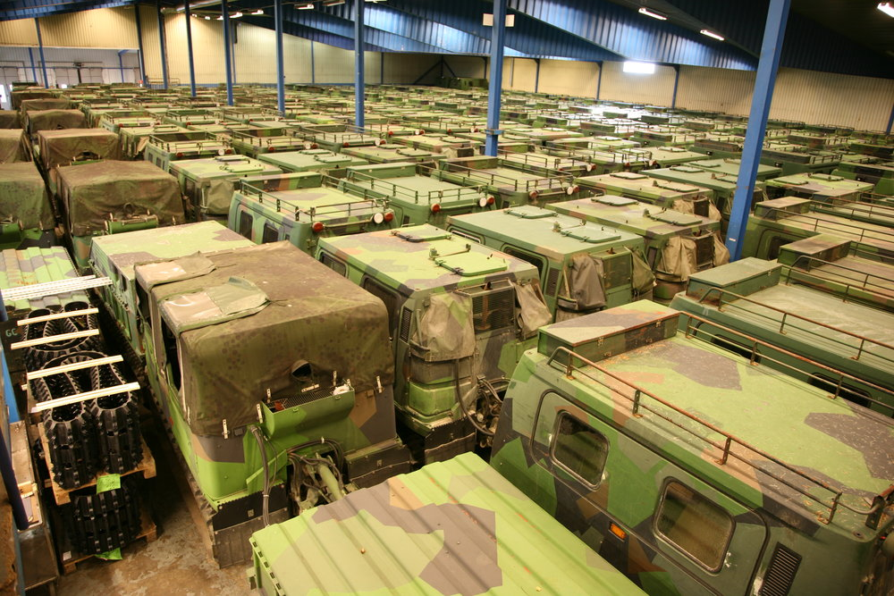 - WE ALWAYS CARRY OVER 150 HÄGGLUNDS BV 206 UNITS AT OUR FACILITY.HERE'S A BRIEF SHOWCASE OVER OUR CUSTOM VEHICLES AND STOCKSURPLUS UNITS.