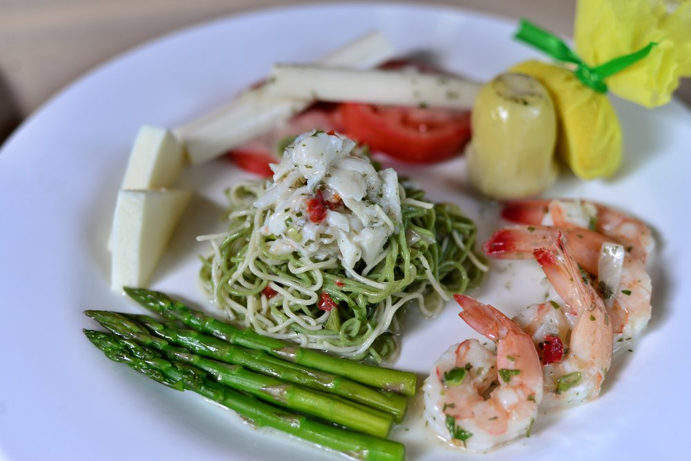 Gulf Shrimp & Jumbo Lump Crab Della Casa 5.jpeg