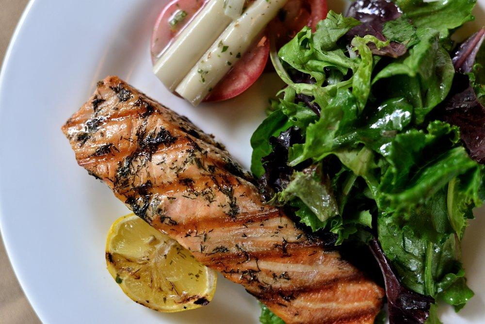 Salmone Salad 2.jpeg
