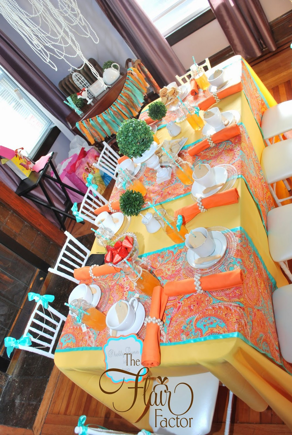 Now this is a tablescape!