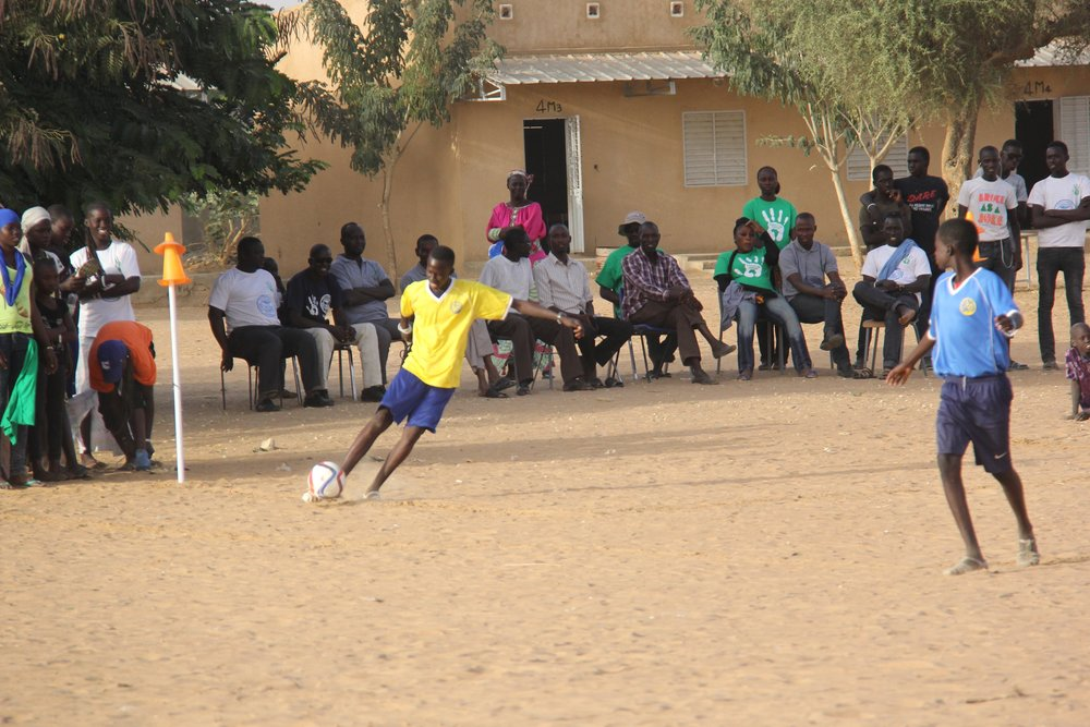 Larchmont/Mamaroneck Soccer Jersey getting a second life in Senegal!