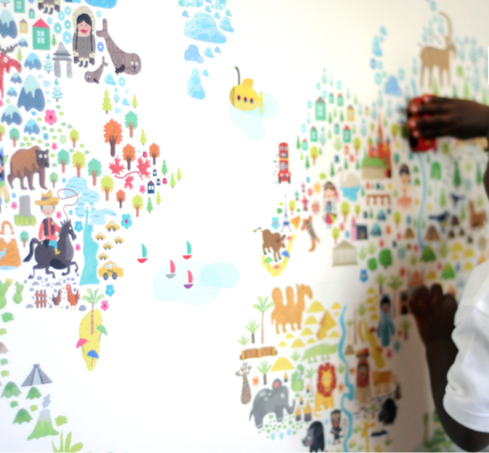 Pop_and_Lolli_Wall_Stickers_Worldmap.png