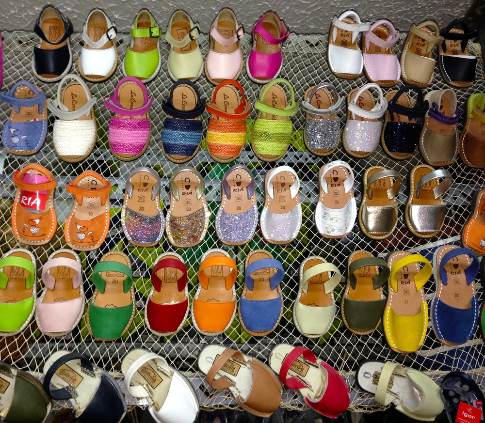 Avarcas_Sandals_Menorca_shop selection.JPG