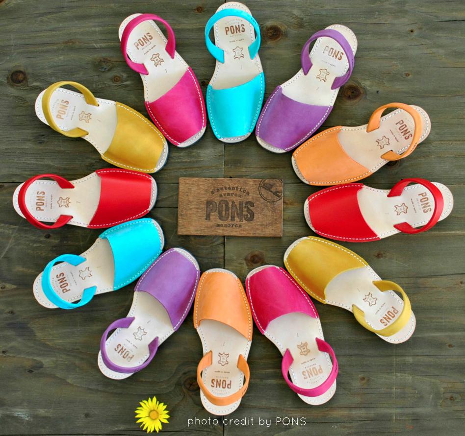 Avarcas_Sandals_Menorca_PONS_rainbow_hues.png