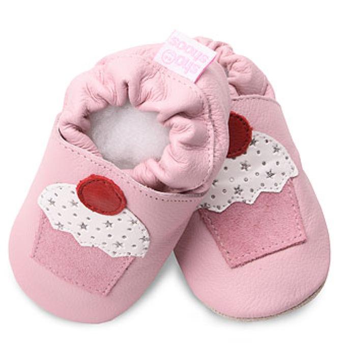 Shooshoos-pink-cupcake.png