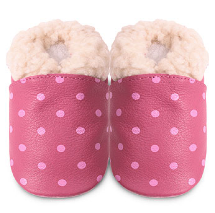 Shooshoos-pink-dots-slipper.png