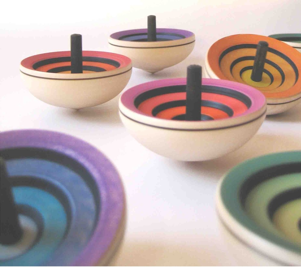 Mader-spinning-tops_3.png