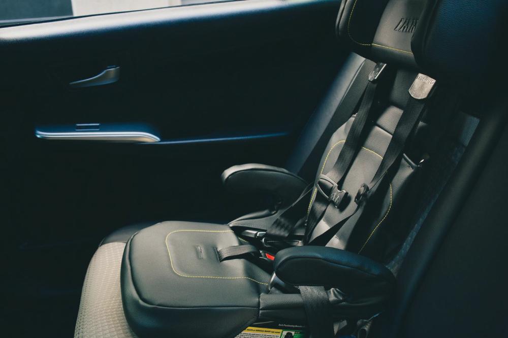 IMMI-GO-Car-Seat_Uber.jpg