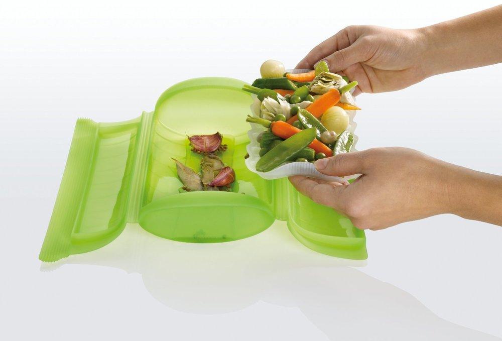 Lekue-steam-case-with-food.jpg