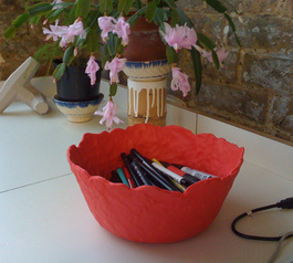 Sugru-rubebr bowl.jpg
