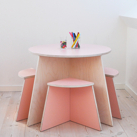Small-design-danish-childrens-furniture-rose.jpg