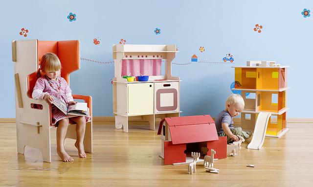 Momoll-toys-in-action.jpg