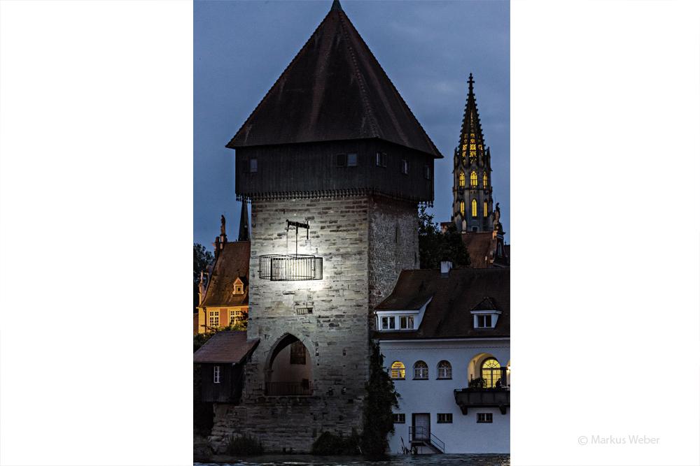 Rheintorturm_artinstallatoin_studiodeschutter_lichtberatung-3.jpg