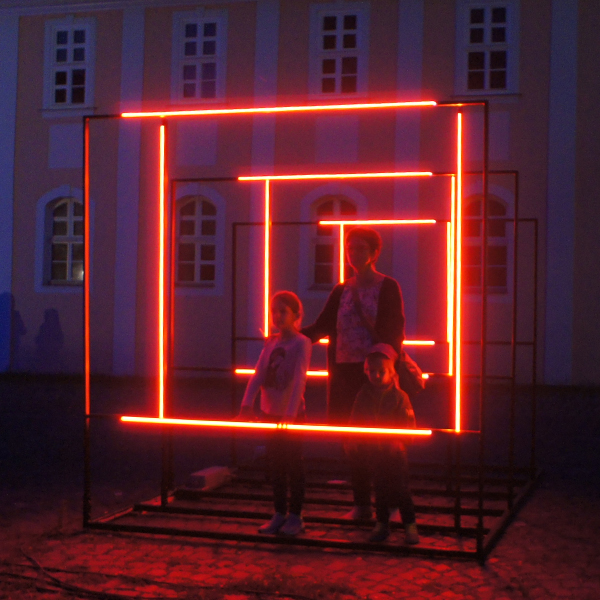 Studio-de-schutter-your-point-of-view-lighting-design-installation.jpg
