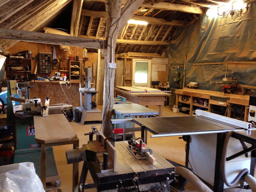 About tekton carpentry design bespoke handmade for Chair design workshop