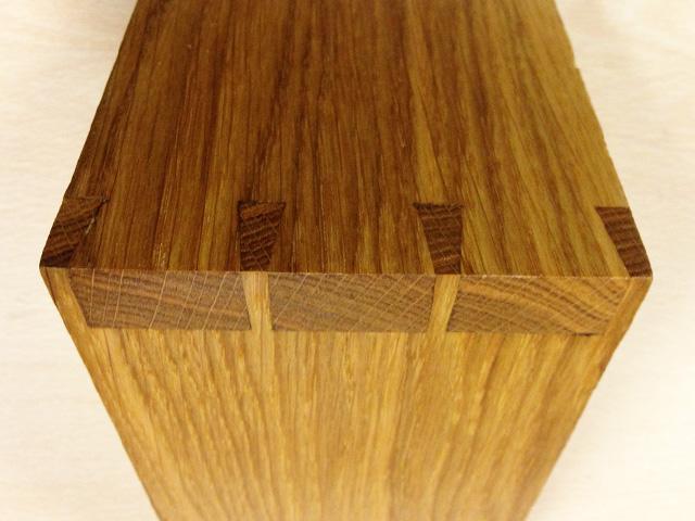 oak dovetail close.jpg
