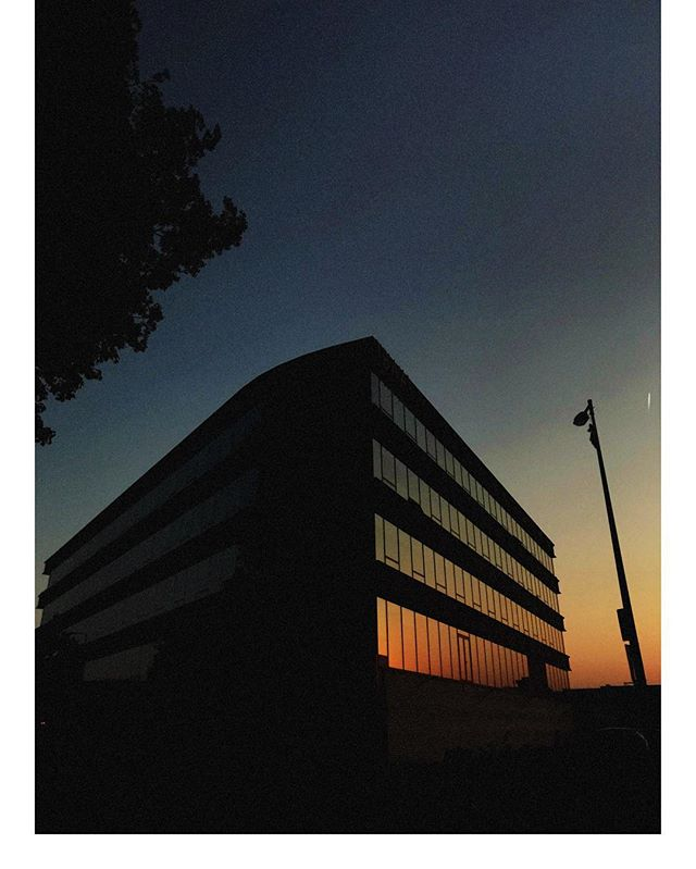 TBWA\Neboko at sunset  #refelction #sunset #sun #glass #hues #gradient #advertising #agency #amsterdam @tbwaneboko