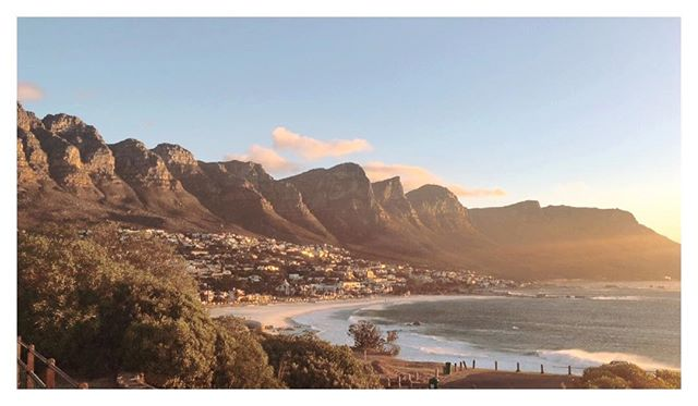 How about that for a view. In love with Cape Town. #tia #africa #instadaily #sunset #table #mountain #life #sun