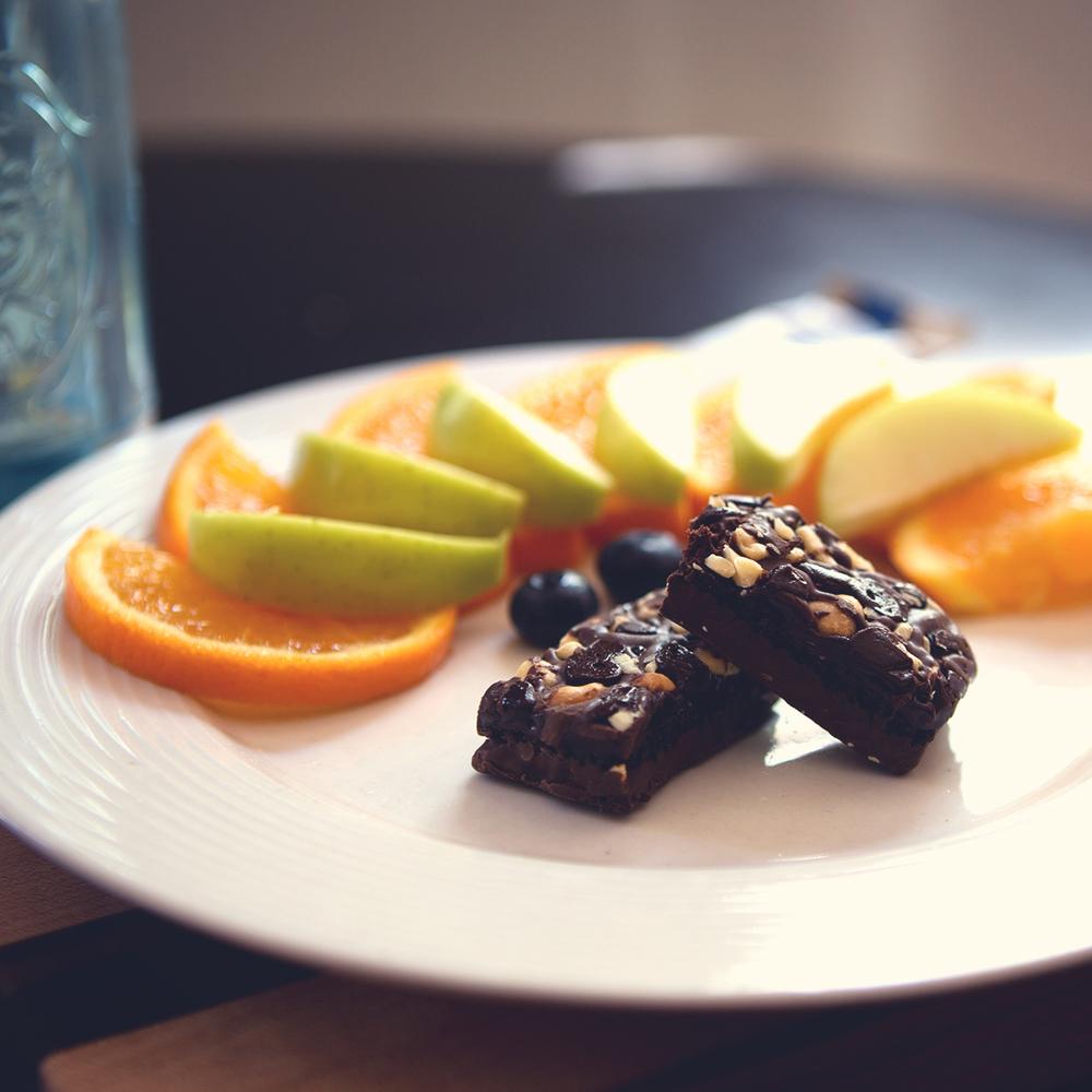 BAR10460_081414_Nutritious_Snack.jpg