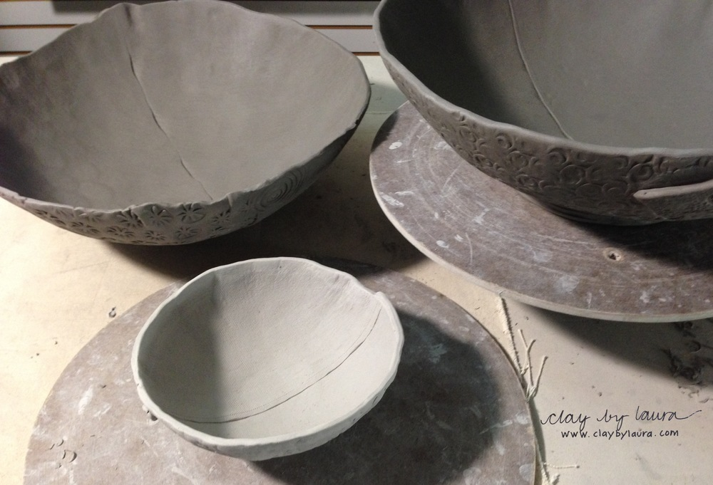 Bowls are a 'go to' shape I love to create. I've decided to make myself a new set of serving bowls. The larger bowls are wedding gifts in process.