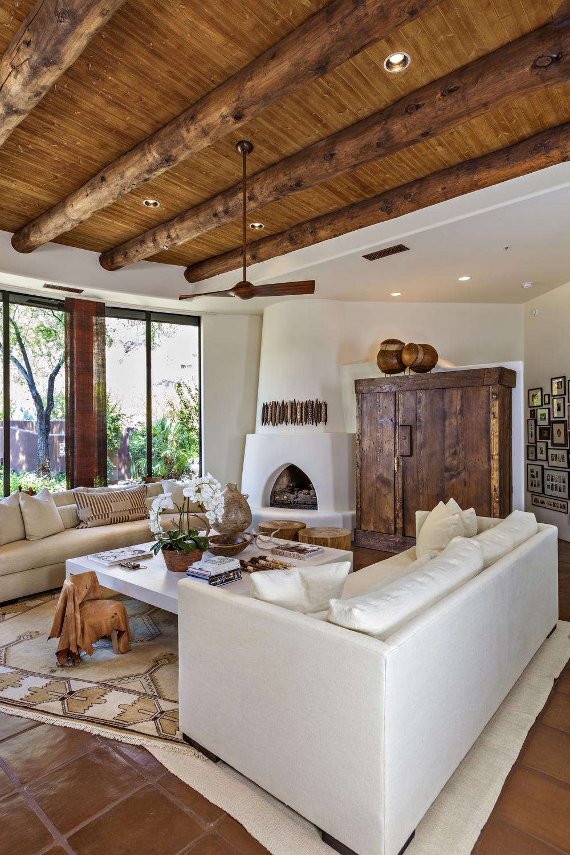 living room v_MG_6310.jpg
