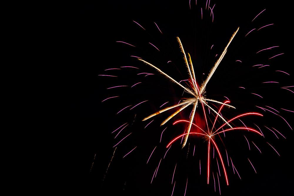 Fireworks 16-20.jpg