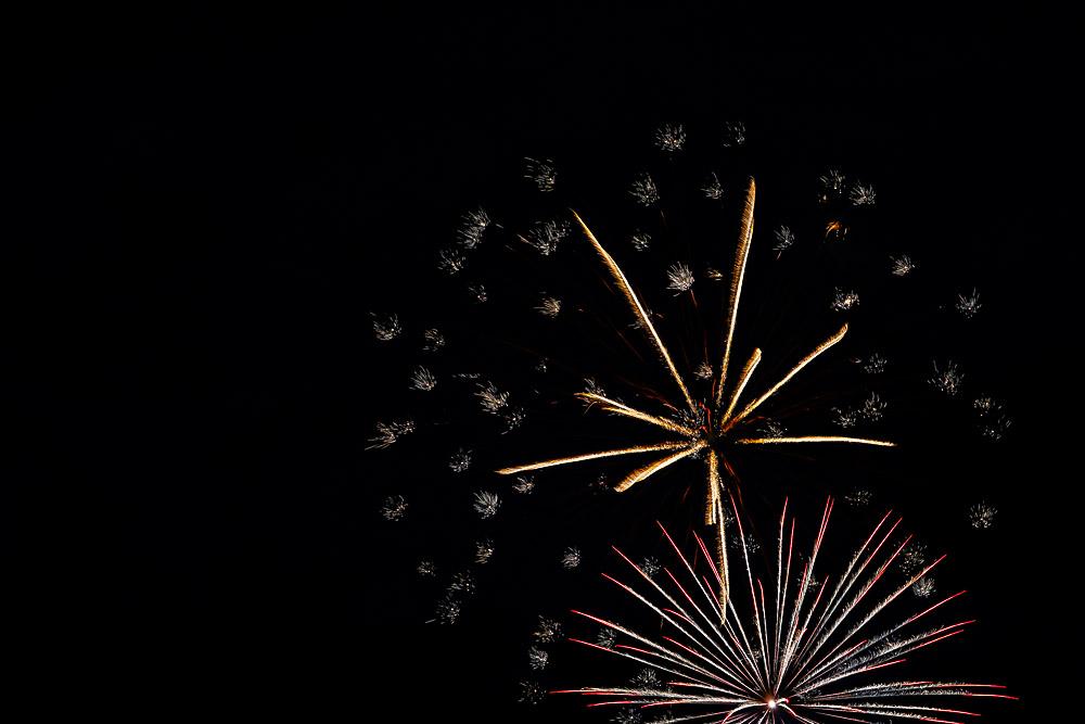 Fireworks 16-12.jpg