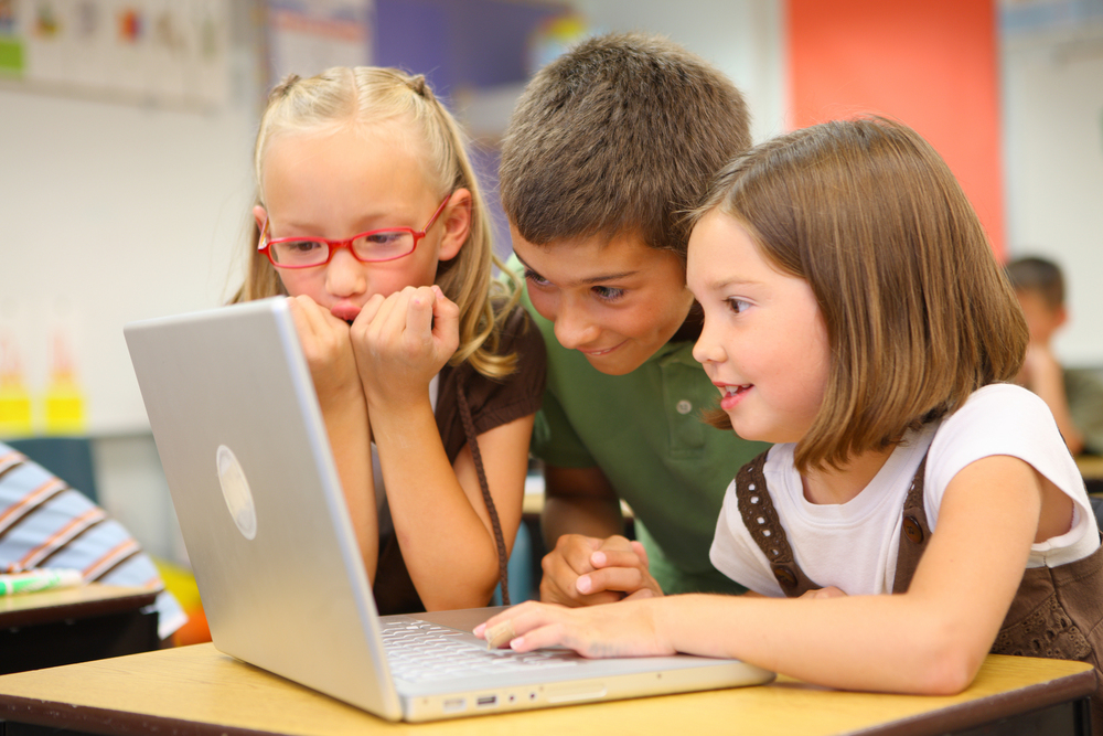 bigstock-Elementary-school-students-loo-14086310.jpg