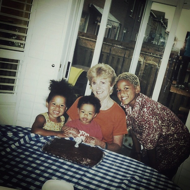 Throwback : with my favourite bottle blonde Nana and my two sisters!