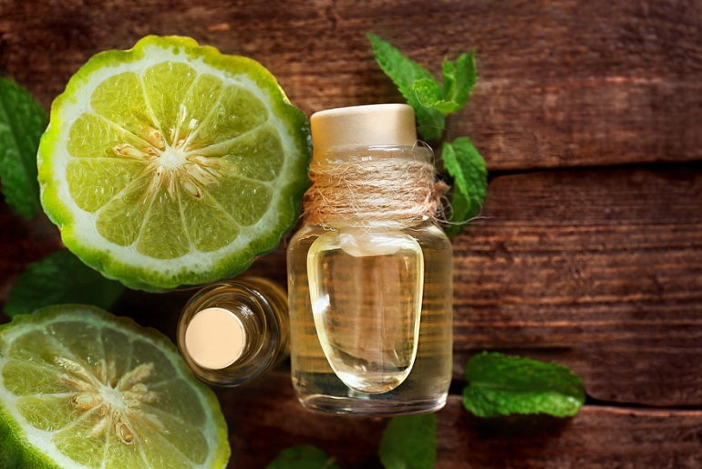 Bergamot-essential-oil.jpg