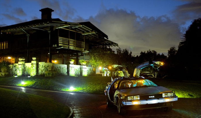 wm_delorean_time_machine_gullwings_night.e1xrne8z5ao80s44wocg8ssw8.bs5ta3qbusggw484oswskggs8.th.jpeg