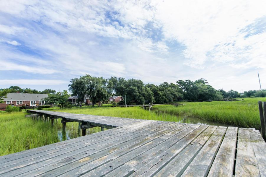 Dock Pic.jpg