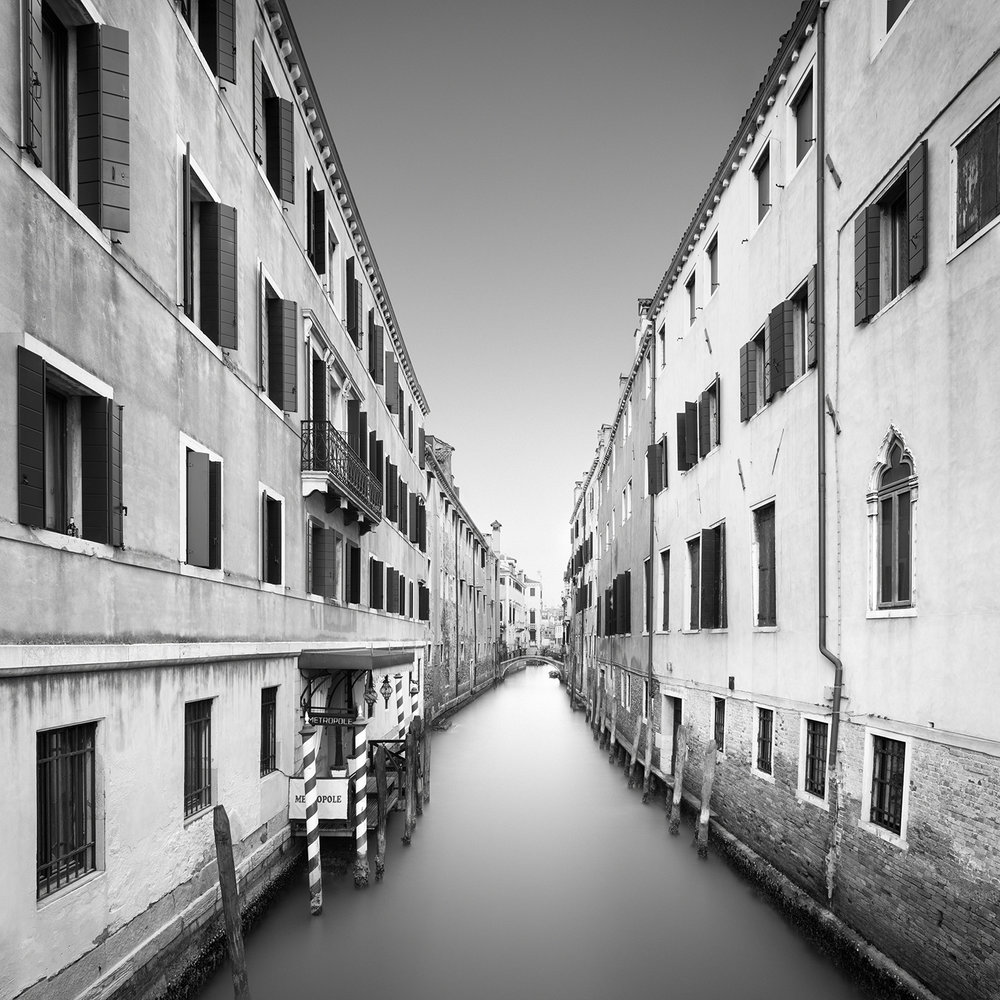 DIVISION  -  venice, italy, 2016   LIMITED EDITION OF: 50  IMAGE SIZEs and prices (print only / framed):  30x30 - £145 / £225 - £255  45x45 - £195 / £290 - £335  60X60 - £275 / £465 - £560   AWARDS   HONOURABLE MENTION - INTERNATIONAL PHOTOGRAPHY AWARDS