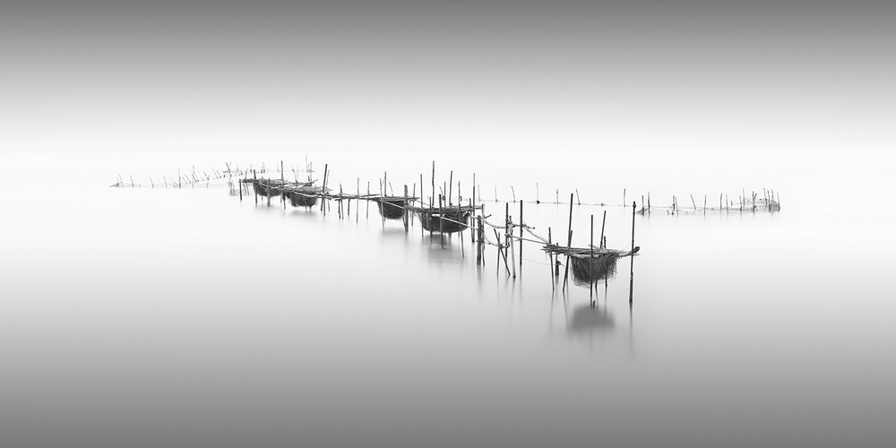 pesca - venice, italy, 2014   LIMITED EDITION OF: 50  IMAGE SIZEs and prices (print only / framed):  60x30 - £195 / £305 - £360  90x45 - £275 / £465 - £560