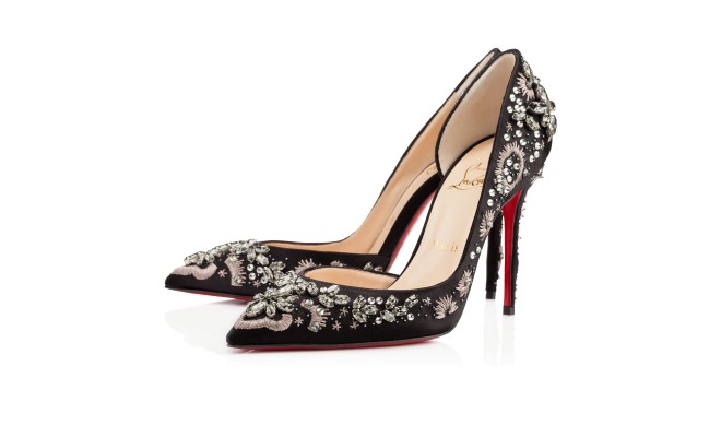 Another pair of Louboutin and these are too beautiful for words. But at $2,795, I'll need a sugar daddy hook up to be able to add these to my wardrobe. Artifice 100mm Strass.