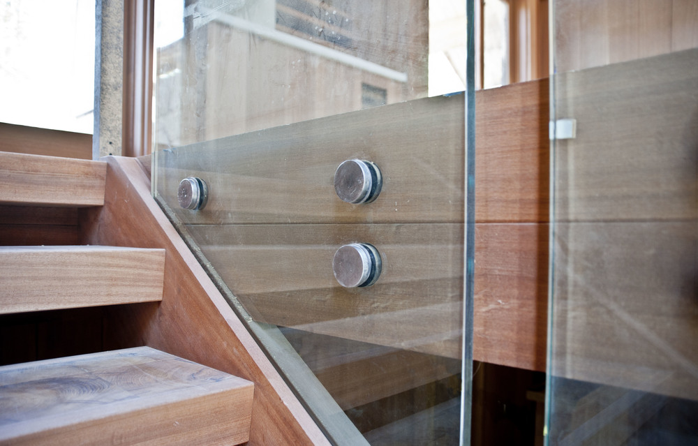 STAIRCASE ACCENTS