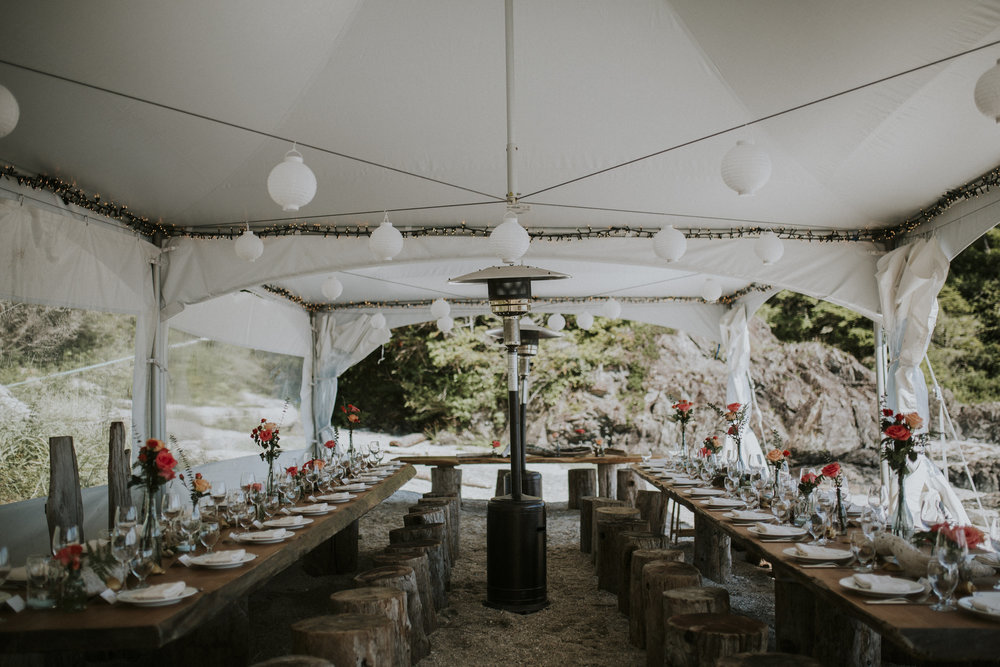 table decorations beach reception wickaninnish inn wedding tofino