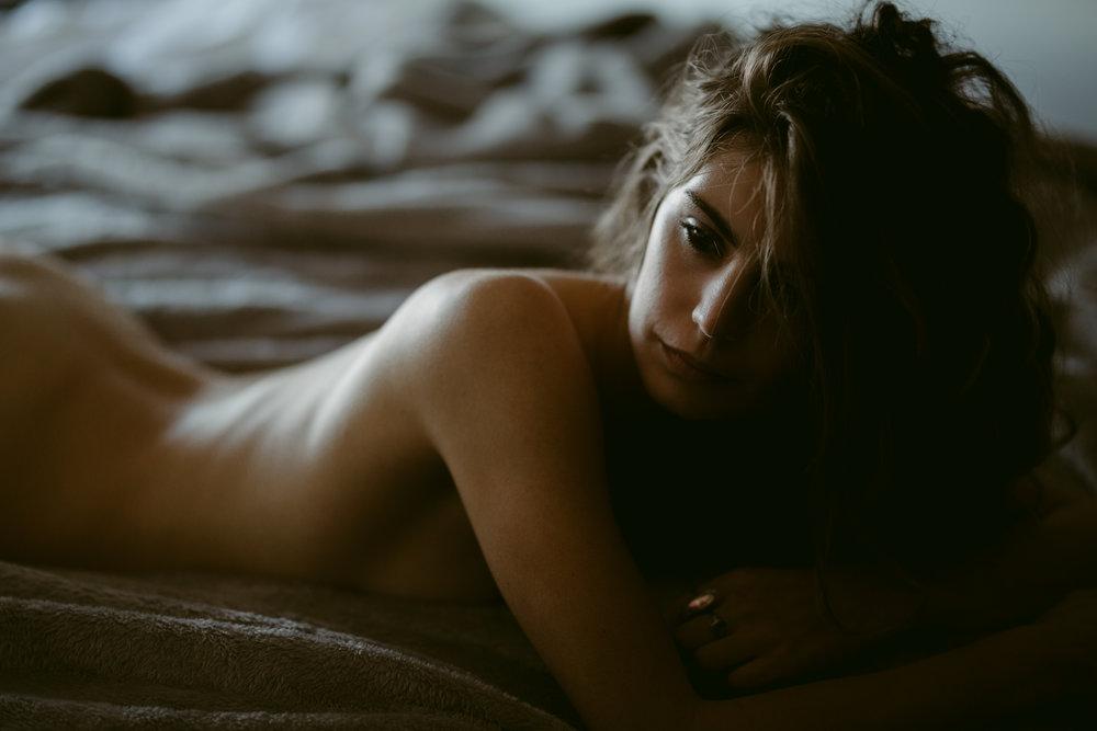 intimate lifestyle portrait - boudoir - victoria, vancouver island, bc