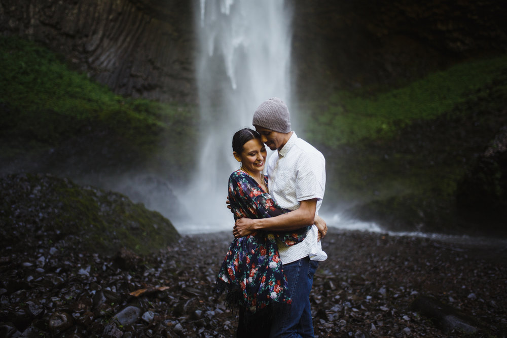 vancouver island engagement photographer - portland 3.jpg