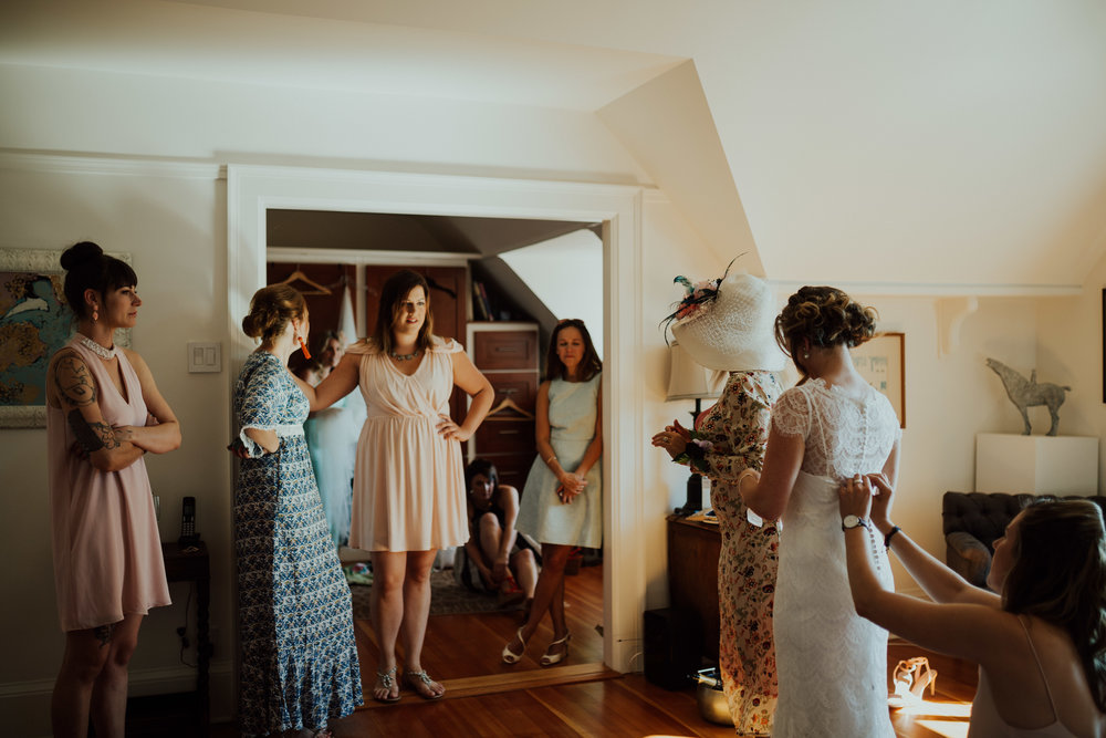 bride with bridesmaids getting ready for wedding, Victoria, Vancouver Island
