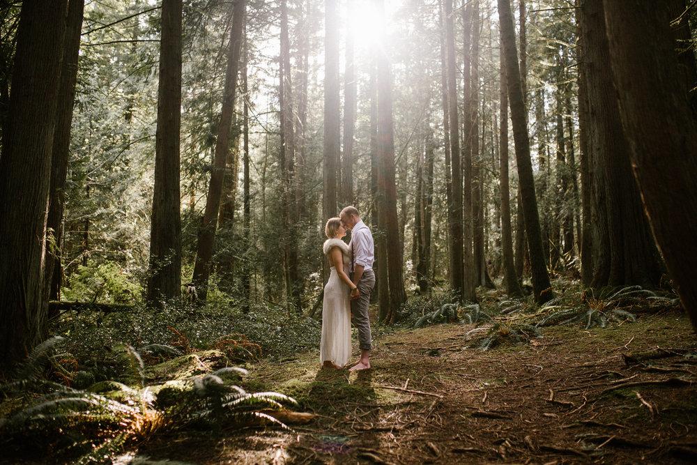 andrew-avery-forest engagement-45.jpg