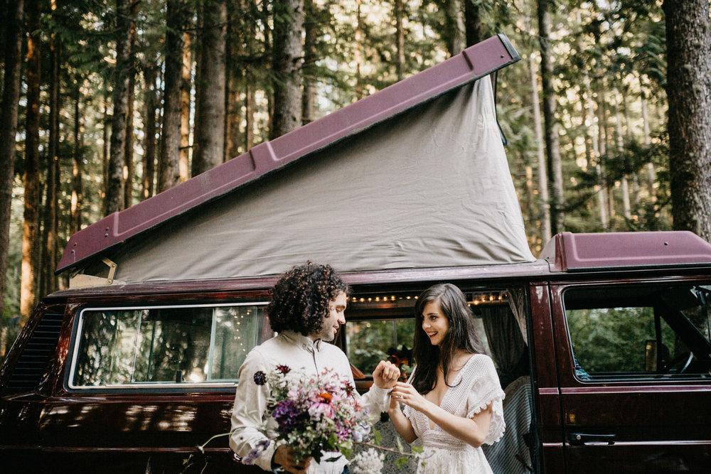Sombrio camping elopement vancouver island -11.jpg
