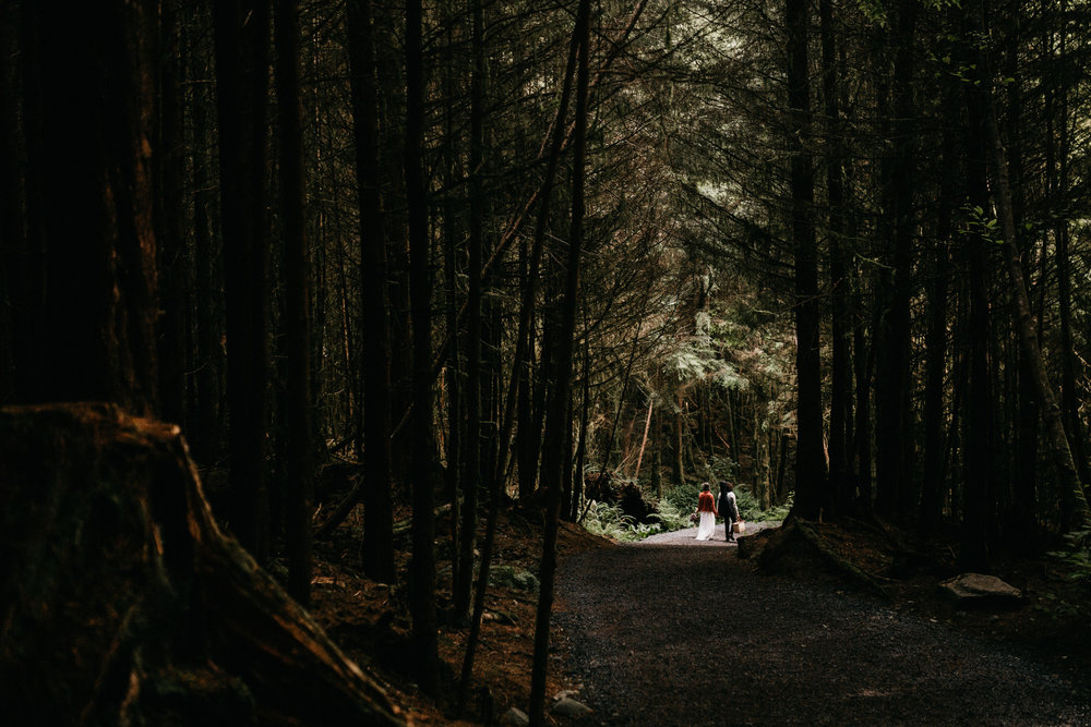 Sombrio camping elopement vancouver island -24.jpg