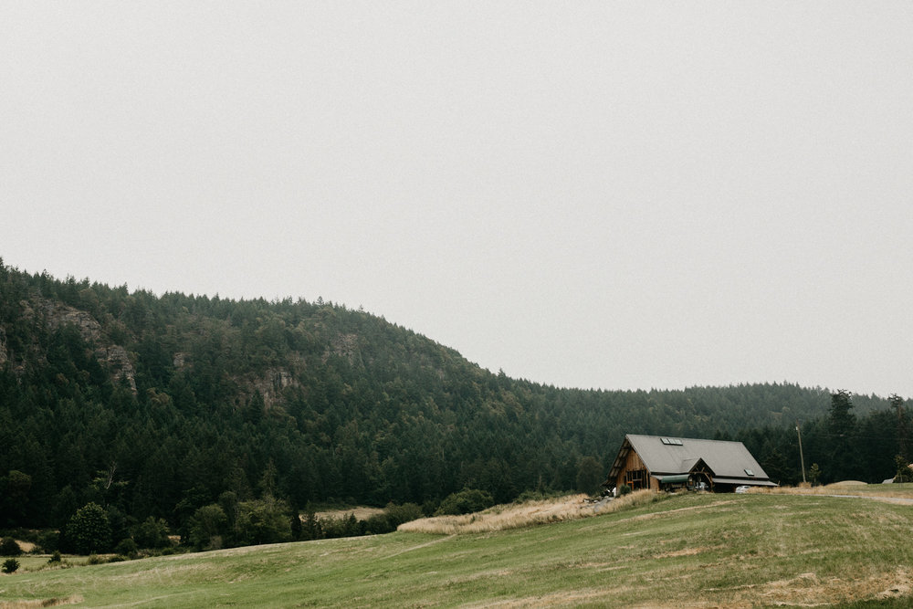 Farm house at Bird's Eye Cove, Vancouver Island wedding