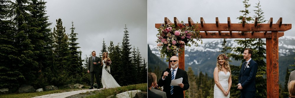 bride walks down isle with father, Mount Washington Wedding photographer