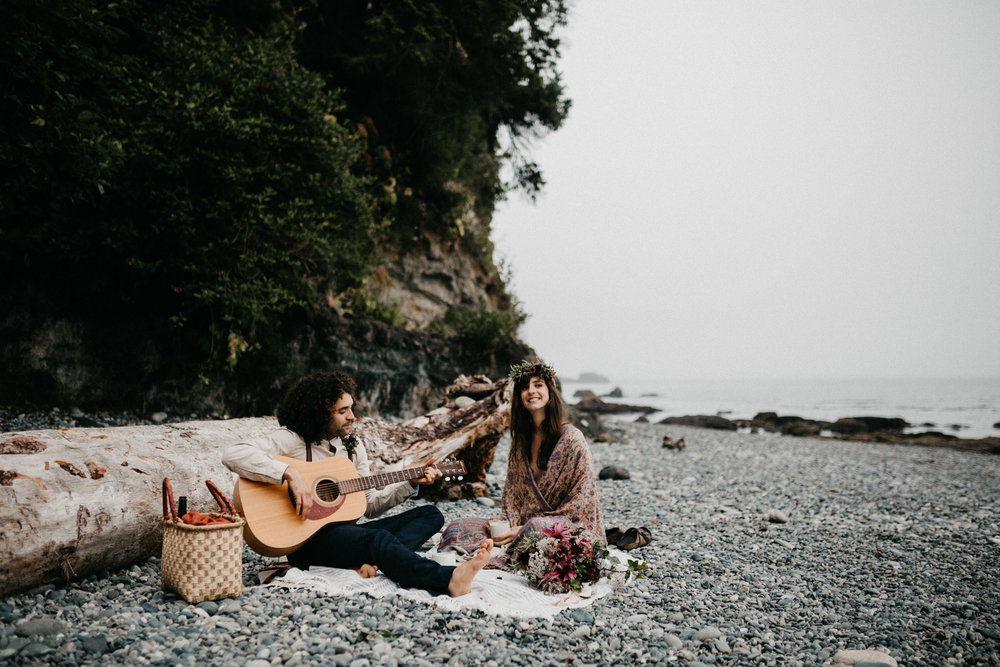 Canadian Elopement Photographer - camping Sombrio Vancouver Island