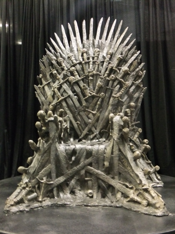 wonder-con-iron-throne.JPG